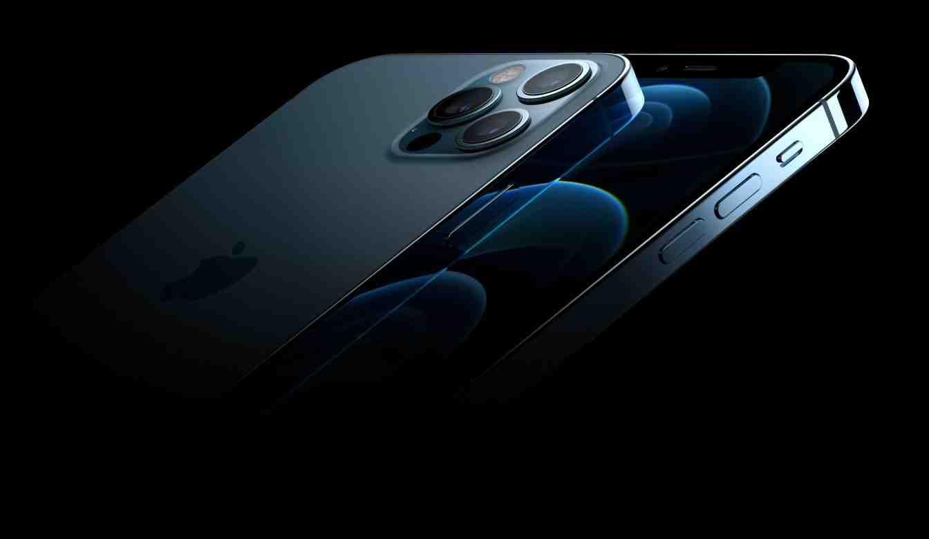 Quel est la taille de liPhone 12 mini ?